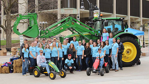 University of Wisconsin Collegiate Farm Bureau Members at Ag Day